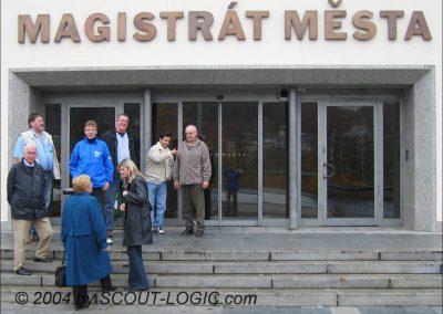 Treffen beim Magistrat Karlovy Vary, gleich wird der Führerschein abgeholt